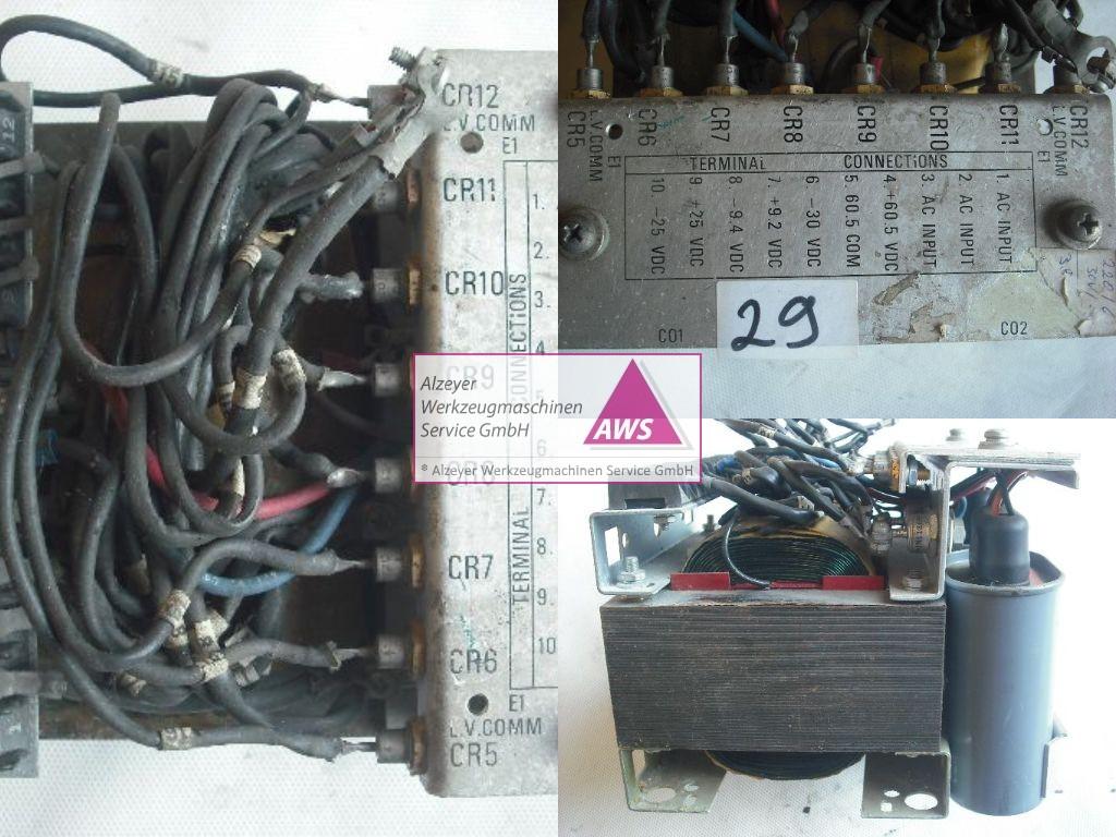 Trafo  prim. 1 x 220V   sek.: multiple Gleichpannungen