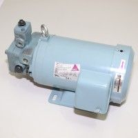 Hydraulikpumpe Nachi mit Motor USV-0A-A2-0.75-