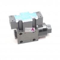 Hydraulik-Ventil 4/2 Wege Spule  rechts P-> B